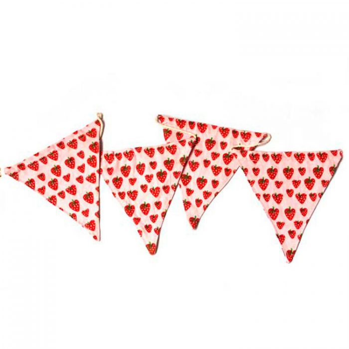strawberry_fabric_bunting