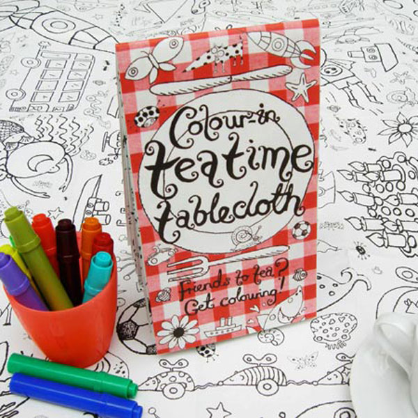 colour_in_teatime_tablecloth